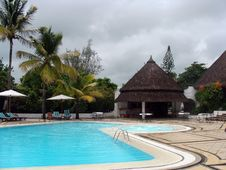 Free Tropical Resort Poolside Stock Photos - 13835543