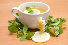 Free Tea With Mint And Lemon Stock Images - 13837934