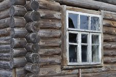 Free Corner Of Old Wooden House Wall Royalty Free Stock Photography - 13839187