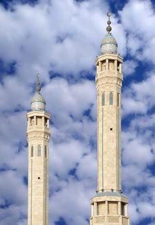 Free Colourful Minarets Of Sabeeka Bent Ebrahim Mosque Royalty Free Stock Image - 13841946