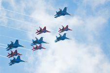 Free SU-27 And MIG-29 Fighters Performing Aerobatics Stock Photography - 13844502