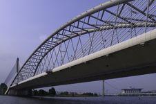 Free Seri Saujana Bridge Royalty Free Stock Image - 13845946