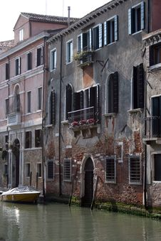 Free Boats On Backwater, Venice Stock Photos - 13847323