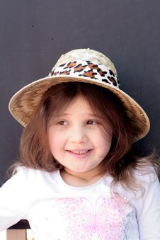 Free Pretty Little Girl In Straw Hat Stock Photography - 13848172