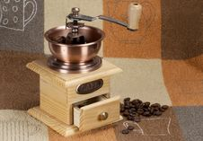Free Coffee Grinder Royalty Free Stock Photo - 13848505