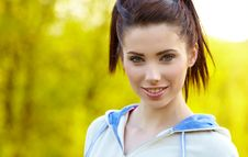 Free Fitness Woman In Park Royalty Free Stock Photos - 13849798