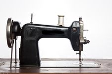 Free Sewing Stock Photo - 13850260