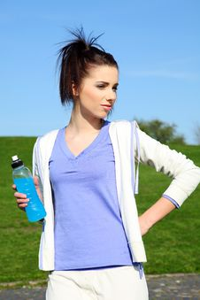 Free Young Woman Drinking Water Royalty Free Stock Image - 13850416