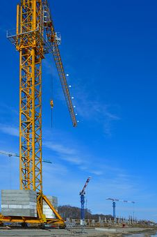 Free Tower-crane Stock Images - 13851164