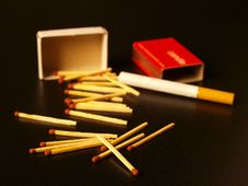Free Matches And Cigarette Royalty Free Stock Image - 13852086