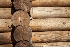Free Log Corner Structure Royalty Free Stock Images - 13853439