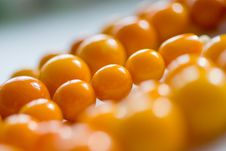Free Amber Chaplet Macro With Sparkles Of Light On The Royalty Free Stock Images - 13853529