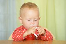 Free Small Child Plays With The Constructor Stock Photography - 13853772