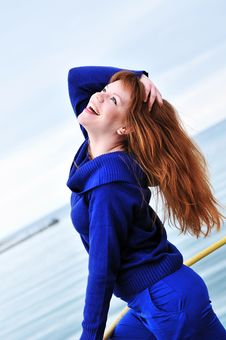 Free Laughing Redheaded Girl Royalty Free Stock Images - 13857449