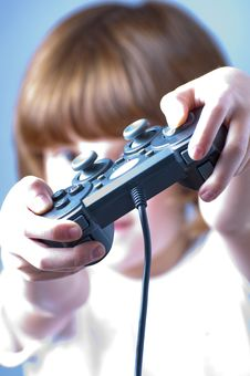 Free Young Playing Games Royalty Free Stock Photo - 13857995