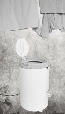 Free Spin Dryer Stock Photography - 13859702