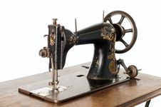 Free Vintage Sewing Machine Royalty Free Stock Photography - 13863907