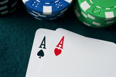 Free Top Pairs And Chips Stock Photos - 13869243