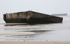 Free Beached WWII Pontoon Stock Photography - 13873452