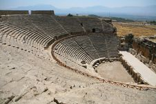 Free Old Roman Amphitheater Royalty Free Stock Photos - 13875318