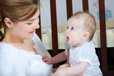 Free Mother And Baby Royalty Free Stock Photography - 13877437