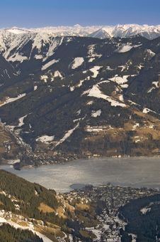 Ski Resort In Austrian Alps By Lake Royalty Free Stock Photos