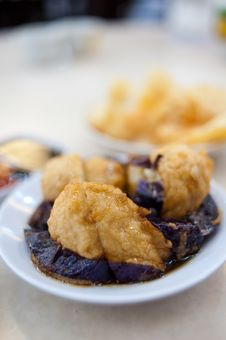 Free Deep Fried Dim Sum III Stock Photography - 13882392