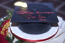 Free Graduation Cake Royalty Free Stock Photos - 13886498