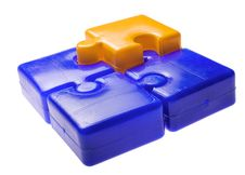 Free Blue And Yellow Puzzle Square Royalty Free Stock Photography - 13886897