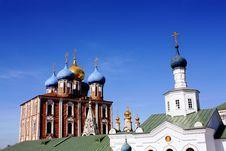 Free Golden Domes Of The Ryazan Kremlin Stock Photography - 13888842