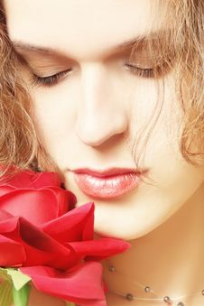 Free Woman Face With Rose Close-up Royalty Free Stock Photos - 13889848