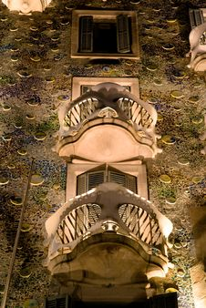 Free Casa Batllo At Night Royalty Free Stock Photography - 13890547