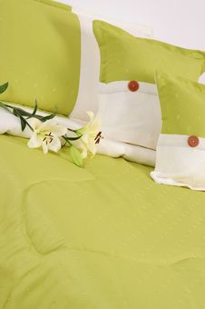 Free Bedding. Royalty Free Stock Images - 13890899
