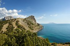 Free Crimea Coast Royalty Free Stock Photo - 13891855