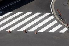 Free Pedestrian Crossing Royalty Free Stock Photos - 13894518