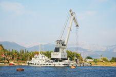 Free Shipyard Royalty Free Stock Photography - 13894737