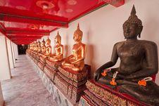 Free Buddist Monk Status Royalty Free Stock Photography - 13895717