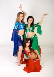 Free Three Girls Belly Dancing Royalty Free Stock Photos - 13897808