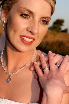 Free Bride Rings Royalty Free Stock Photography - 1392217