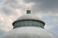 Free White Domed Garden Building Stock Image - 1393051