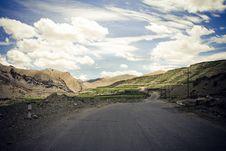 Road In Himalaya Mountains. Royalty Free Stock Photo