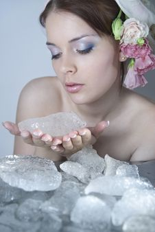 Free Lady-spring Kindles Winter Ice Royalty Free Stock Image - 13903046