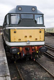 Free Diesel Train Royalty Free Stock Image - 13904156