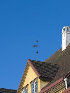 Free Wind-vane Of Ancient City Royalty Free Stock Photos - 13904178