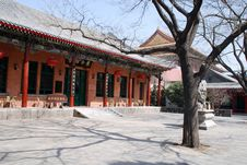 Free Patio With Red Chinese Pagoda Stock Images - 13904624