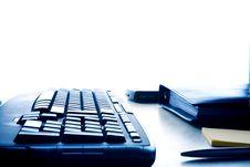 Free Keyboard On White Royalty Free Stock Images - 13906799