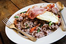 Free Bacon Egg And Vegetable Rice Breakfast Royalty Free Stock Photography - 13908087