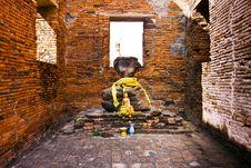 Free Headless Buddha Statue Royalty Free Stock Photography - 13909657