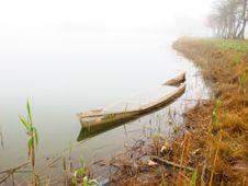 Free Sunken Boat Stock Image - 13910501