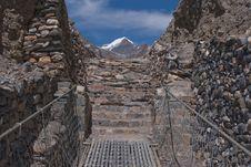 Free Directly To Syagang Peak Royalty Free Stock Image - 13911116